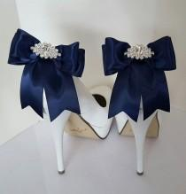 wedding photo - Navy Blue Wedding Shoe Clips,Bridal Shoe Clips,  MANY COLORS, Satin Bow Shoe Clips, Rhinestone Clips, Clips For Wedding Shoes, Bridal Shoes By Shoe…