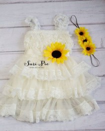 wedding photo - Rustic Sunflower Flower Girl Dress-Sunflower Sash And Headband Lace Flower Girl Dress-Cowboy Girl Outfit.Flower Girl Gift