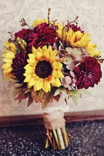 wedding photo - Warmth And Happiness: 20 Perfect Sunflower Wedding Bouquet Ideas
