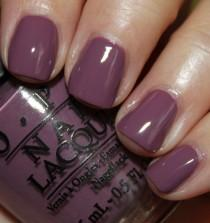 wedding photo - OPI's 'i'm Feeling Sashy'.