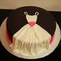 wedding photo - Cute Bridal Shower Cake!
