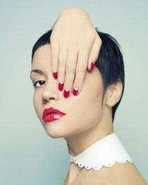 wedding photo - How To Accessorize With Spring's Prettiest Nail Colors