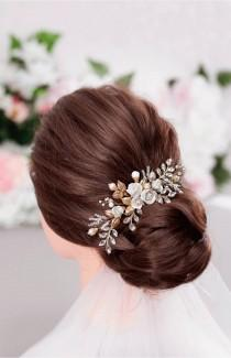 wedding photo - XANTHE White Or Ivory Rose Flower Gold Leaf Bridal Hair Comb