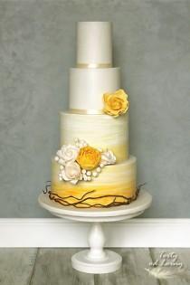 wedding photo - Wedding Cake By Lorna