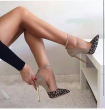 wedding photo - Some Tips About How To Walk In High Heel Shoes