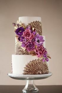 wedding photo - 40 Chic Sophisticated Wedding Cakes