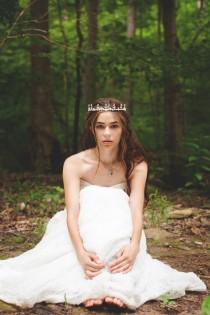 wedding photo - Reign-Inspired Styled Photo Shoot