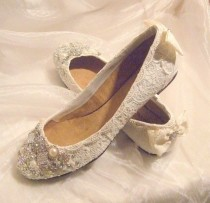 wedding photo - Wedding Ballet Flats ... Vintage Lace Bridal Shoes .Twinkle Toes Wedding Shoes . Crystal And Pearls. Wide Fit Available .Vintage Bride