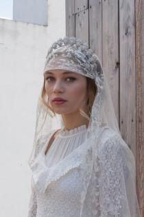 wedding photo - Antique Wedding veil - Vintage lace veil - Bohemian headpiece -Dramatic Headpiece  and veil - Agnes Hart UK