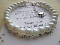 wedding photo - Pearl Flower Girl Bracelet, Pearl Bracelet, Childs Pearl Bracelet, Flower Girl Gift, Communion Bracelet, Girls Pearl Bracelet, Bracelet Gift