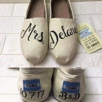 wedding photo - Mrs Wedding Pearl Toms. FREE CUSTOMIZATION. [Ivory Shoes] Wedding Toms