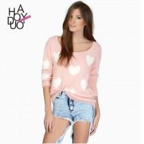 wedding photo - School Style Must-have Sweet Solid Color Jacquard Heart-shape Sweater - Bonny YZOZO Boutique Store