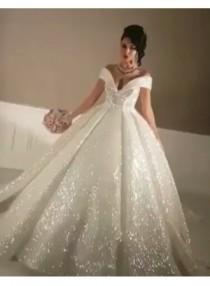 wedding photo - Elegante Brautkleider Prinzessin Pailletten Hochzeitskleider Günstig Online Modellnummer: XY192