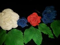 wedding photo - 6 Edible patriotic ROSES with LEAVES/ Any color / Gum paste / fondant / Cake decoration /  sugar flower / wedding cake decoration