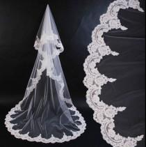 wedding photo - mantilla cathedral lenght bridla veil colors white, ivory and champagne. lace veil
