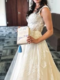wedding photo - Wedding party gift, Bride clutch , Custom bride clutch, Yes i do , Bride purse - 21 x 13 cm