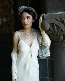 wedding photo - Behind the scenes of the Gatsby's Bride Shoot. The Gemma Dress--Amy Jo Tatum Bridal Couture #sfhairstylist #bridalhairstylist #bridalfashion #bridetobe #bride #bridalcouture #bridechic #bridalcollections #bridaldresses #bridaldesigners #bridaldesign #brid