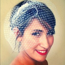 wedding photo - Birdcage veil russian net 9 inch with pearl fascinator.