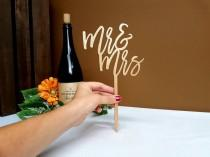 wedding photo - Mr and Mrs Cake Topper Gold