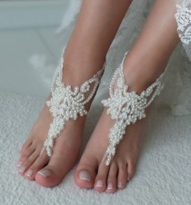 wedding photo - Ivory lace barefoot sandals, Pearl Bridal anklets, Wedding shoes, Bridal foot jewelry Beach wedding lace sandals Bridal anklet Bridesmaid