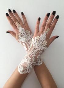 wedding photo - Ivory gold Wedding Gloves, Bridal Gloves, Ivory lace gloves, Handmade gloves, Ivory bride glove bridal gloves lace gloves fingerless gloves