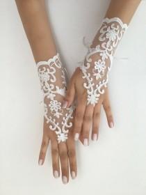 wedding photo - Ivory Bridal Gloves Unique Wedding Gloves, Ivory lace gloves, Handmade gloves, Ivory bride glove bridal gloves lace gloves fingerless gloves