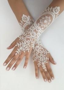 wedding photo - Ivory Wedding Gloves, Long Ivory lace gloves, Handmade gloves, Ivory bride glove bridal gloves lace gloves fingerless gloves