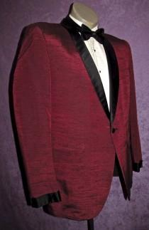 wedding photo - 50s Tux Jacket 40R -41R Maroon Dark Red w/Black Shawl Collar Vintage Tuxedo Early 60s 80s Early Motown Rat Pack Dinner West Side Story