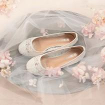 wedding photo - Beautiful Wedding White Lace Bridal Ballet Flat