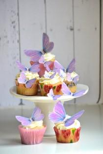 wedding photo - Wedding Cake Topper Edible Butterflies in Lavender - Cake & Cupcake toppers - Food decorations - Edible Wedding Favor