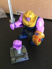 wedding photo - Thanos + All 6 Infinity Stone Gauntlet (6 stones as pictured plus stand) - Avengers: Infinity War - Marvel - Compatible Building Blocks