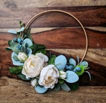 wedding photo - White Rose Hoop Wreath