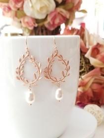 wedding photo - Rose Gold Pearl Earrings, Laurel wreath Dangle Earrings Pearl Wedding Bridal Earrings Bridesmaid Earrings Bridesmaid Gifts unique gift