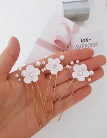 wedding photo - 3 Flower bridal hair pins •ELIZABETH• /Pear flower hair pins /Bridal flower hair pins /SWAROVSKI pearl bridal hair pins/Set of 3 hair pins