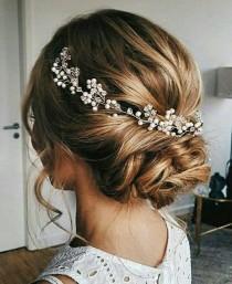 wedding photo - Bridal hair vine Beach wedding Bridal hair vine Bridal hair accessories Tocado de Bridesmaid gift Wedding hair piece Halo Jewelry Pearl vine