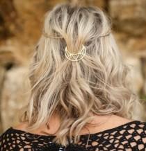 wedding photo - Metal Hair Barrette/ Moon Hair Barrette/ Gold/ Hair Pin Clips/ Women and Girls
