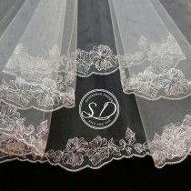wedding photo - Costa Rica Ivory or White Tocados kate middleton veil Wedding veil fingertip Horsehair veil cathedral Long lace wedding veil elbow