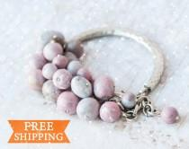 wedding photo - Pink beaded bracelet, Pink bracelet for women, Birthday gift for wife, Birthday gift for friend, Valentines day jewelry gift