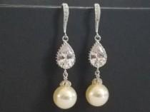 wedding photo - Pearl Bridal Earrings, Swarovski Ivory Pearl Chandelier Earrings, Wedding Pearl Silver Earrings, Bridal Pearl Jewelry, Ivory Pearl Earrings
