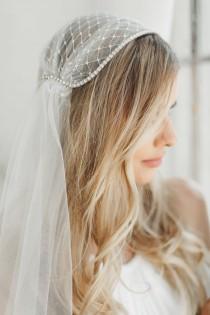 wedding photo - GOLD Juliet Cap Veil, Russian Net Veil Crystal Edge Veil, Ivory Tulle Veil Gatsby BOHO Veil Bohemian Veil Waltz Length Veil, Long Veil #1208