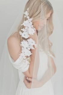 wedding photo - Drop Veil, Drop Wedding Veil, Fingertip Lace Veil, Partial Lace Veil, Simple Wedding Veil Cathedral Lace Veil Soft Tulle Veil Soft Veil 1721