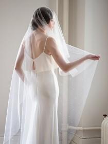 wedding photo - Pearl Drop Veil