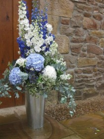 wedding photo - Great Flower Displays