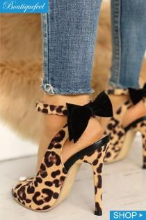 wedding photo - Leopard Bow Detail Thin Heeled Sandals