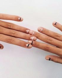 wedding photo - Striped Nails