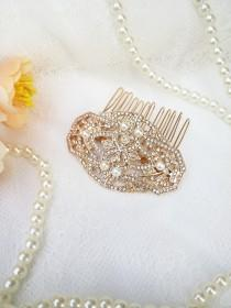 wedding photo - Gold crystal Hair Comb with pearls Small Gold hair clip Gold bridesmaids hair comb 20's 30's Wedding Bridesmaid Art Deco head piece
