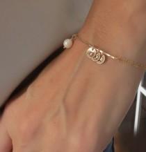wedding photo - Personalized Bracelet Mother Daughter Gift for Mom Personalized Gift Gold Bracelet Initials Bracelet Wedding Bridal Shower Jewelry