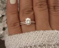 wedding photo - Moissanite Oval 9x7mm Engagement Ring, Bridal Ring Set, Diamond Wedding Band, Forever Classic Moissanite Rose Gold Ring, Diamond Ring