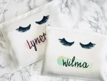 wedding photo - Eyelash makeup bag, personalized eyelash makeup bag, eyelash gift, eyelash cosmetic bag, personslized makeup bag, bridesmaid gift, make up