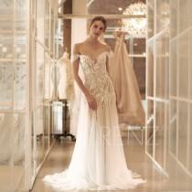 wedding photo - Wedding Dress Boho Off White Off the Shoulder Bridal Dress  Mermaid Lace Wedding Dresses (HW519)